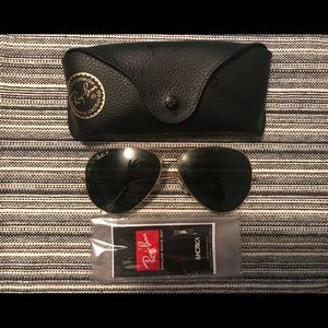 Accessories - RAY-BAN 3025/58 POLARIZED AVIATOR SUNGLASSES